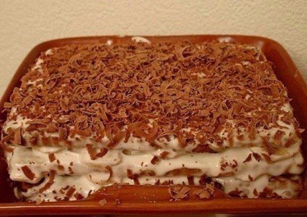 Reteta fara coacere: tort de biscuiți cu banane – un desert fascinant, gata într-un timp record!